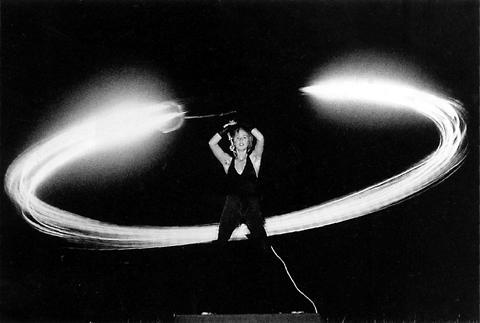 Gordon Monahan «Speaker Swinging» | Speakers' Swinging