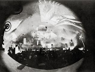 Stan VanDerBeek «Movie-Drome» | Interior view