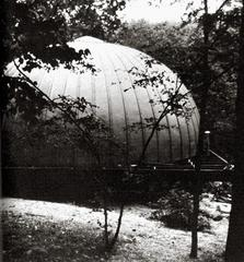 Stan VanDerBeek «Movie-Drome» | Exterior view
