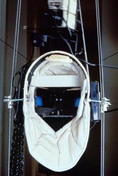 Vito Acconci »Virtual Intelligence Mask«