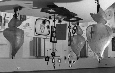 Gordon Pask »The Colloquy of Mobiles« | Installationsansicht, ICA London 1968, »Cybernetic Serendipity«